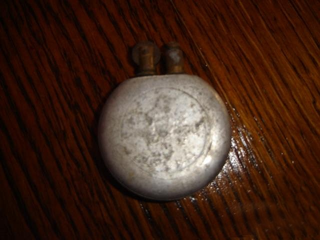 http://www.pengoportal.hu/targyak/www_pengoportal_hu_ongyujto_5-pengos_aluminium_ermevel3a_nagy.jpg